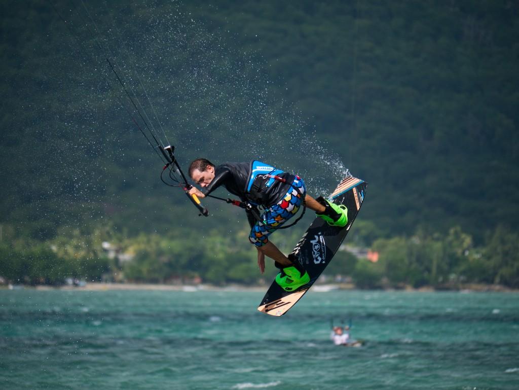 unusual extreme watersports - kite surfing