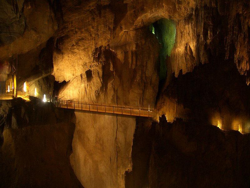Skocjan Caves by Trent Strohm via MollySVH.