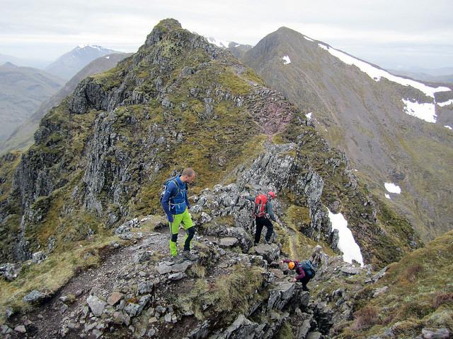 Aonach Eagach Ridge (photo portengaround)