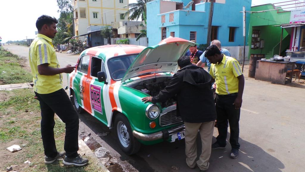 Getting the car fixed on the roadside (photo by Jennifer Walker)