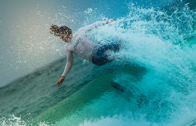 Surfing in Byron Bay (photo by Sander van Dijk)