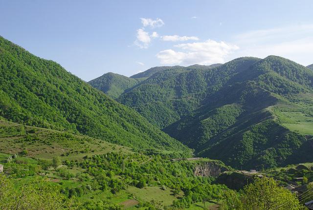 Mountains around Lori (photo by ogannes)