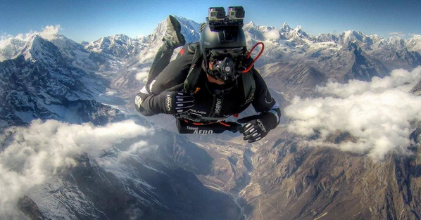 skydiving everest