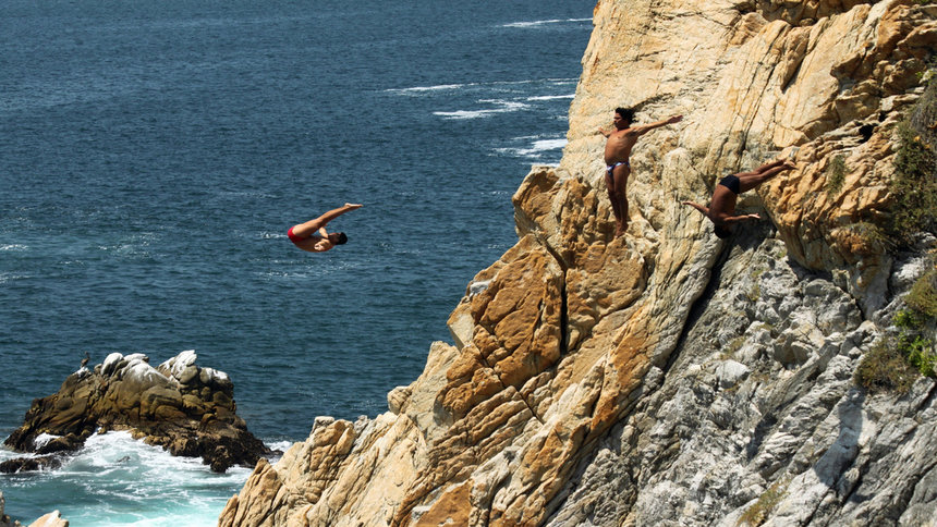 Quebrada Cliff cliff jumping