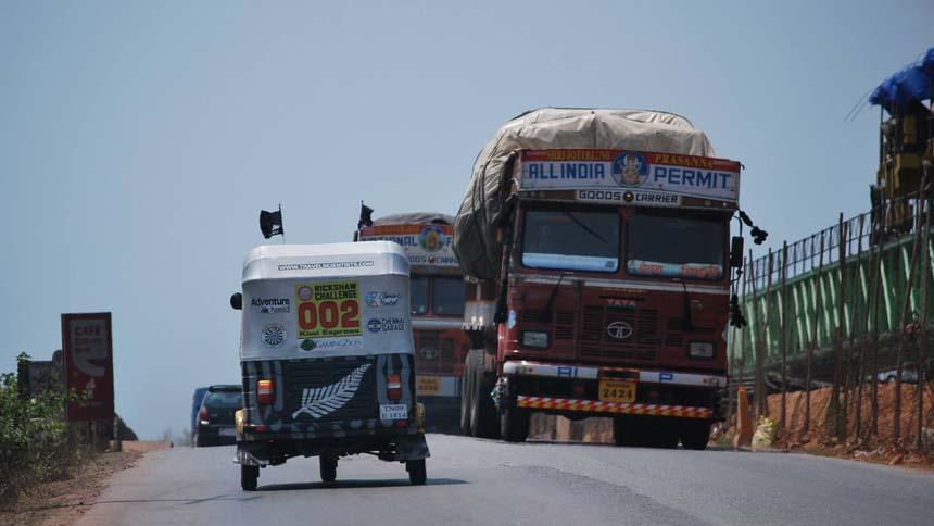 Rickshaw race in Goa