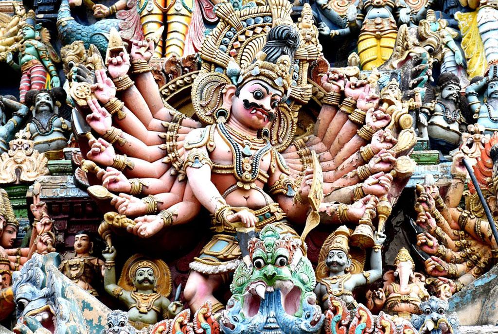 Deity-Madurai-Meenakshi-Tradition-Colorful-Temple-1574495