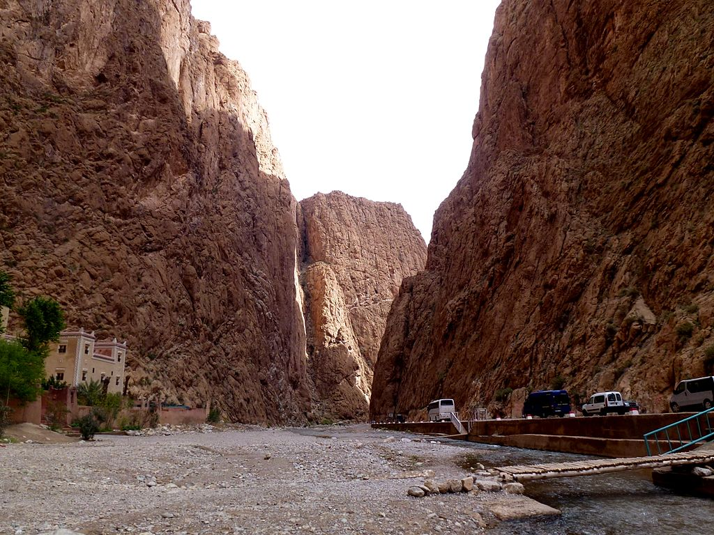 Gorges_Todra_Morocco_-_panoramio_(8)